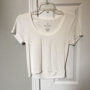 Soft and sexy American Eagle crop top